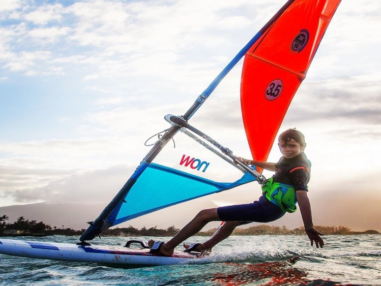 The little ones also enjoy doing windsurfing