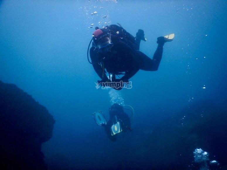 巴塞罗那高级开放水域潜水员课程