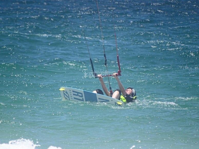 塔里法角风筝冲浪实践