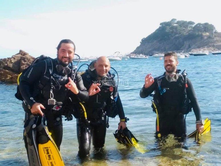 Primeros pasos para aprender a bucear en aguas abiertas