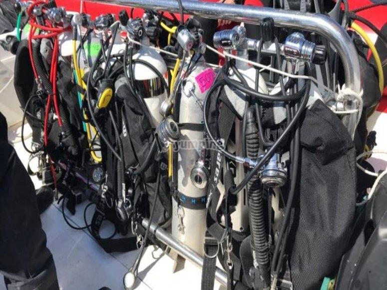 太阳海岸潜水所需的设备