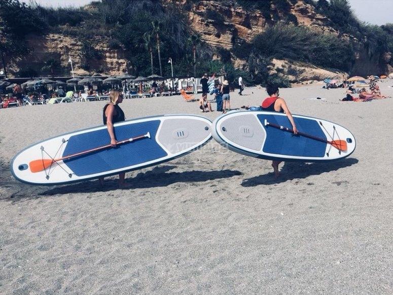 Momentos de paddle surf en Nerja