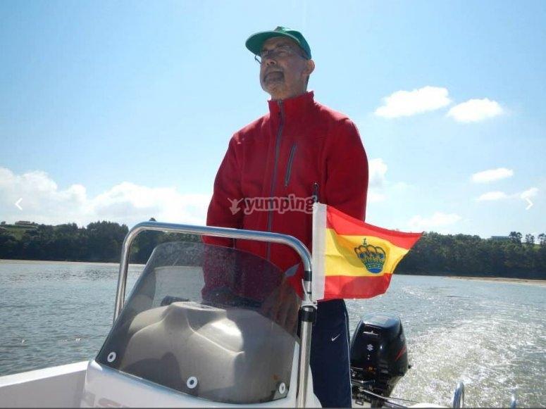 Barco pequeño de 15 cv alquiler Santander