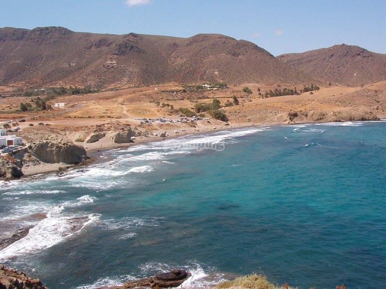 沿着阿尔梅里亚海岸漫步