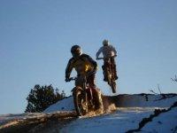 Dos ruedas en nieve