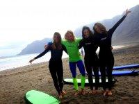 Surf a Famara beach