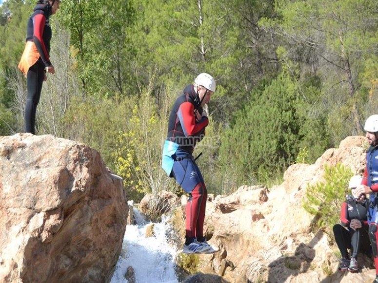 Salto de barranquismo en Las Chorreras