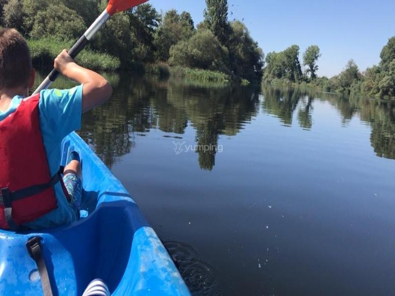 Alquiler canoa familiar río Tormes