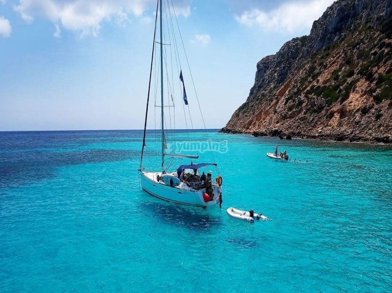 Incontra le isole Pitiusas in barca