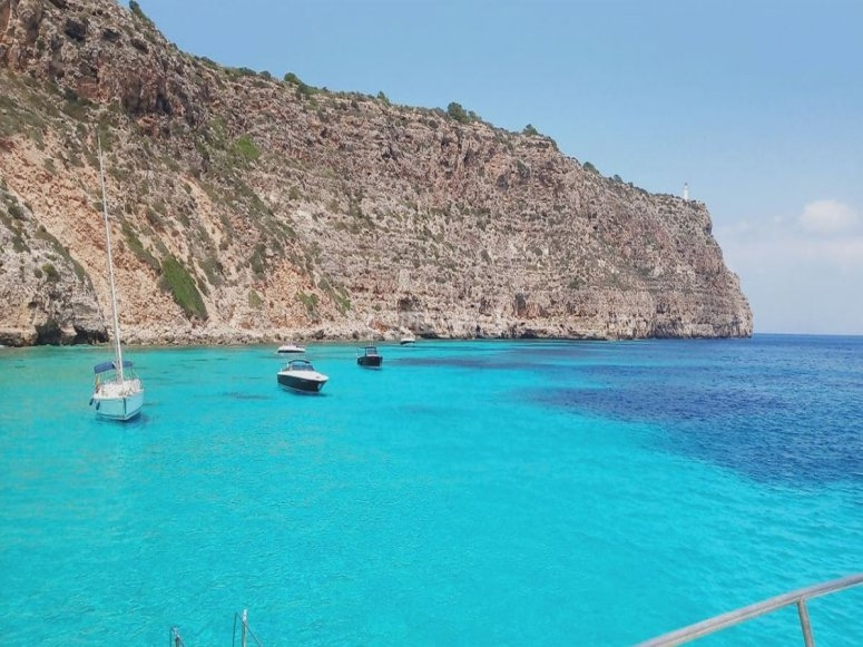 Una gita in barca paradisiaca