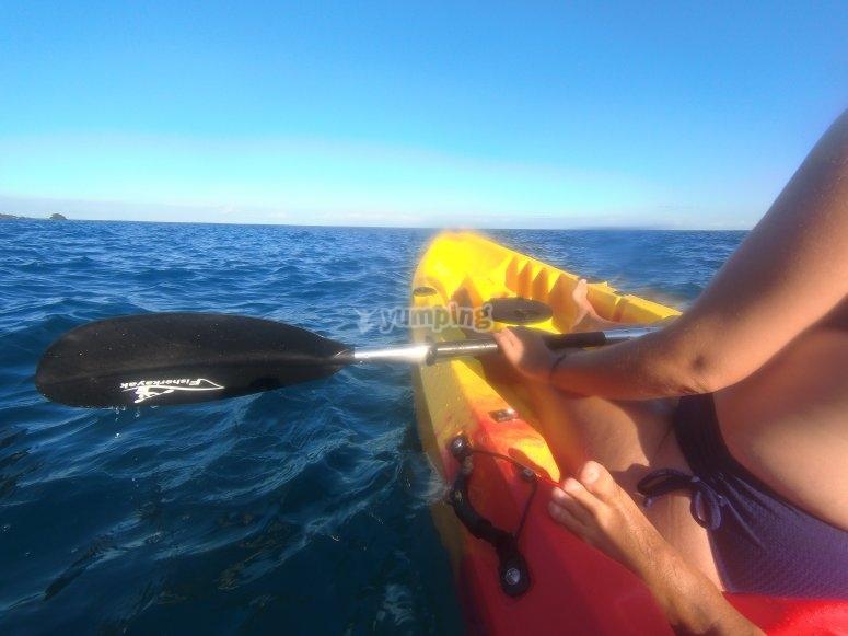 Navegando por La Gomera en kayak