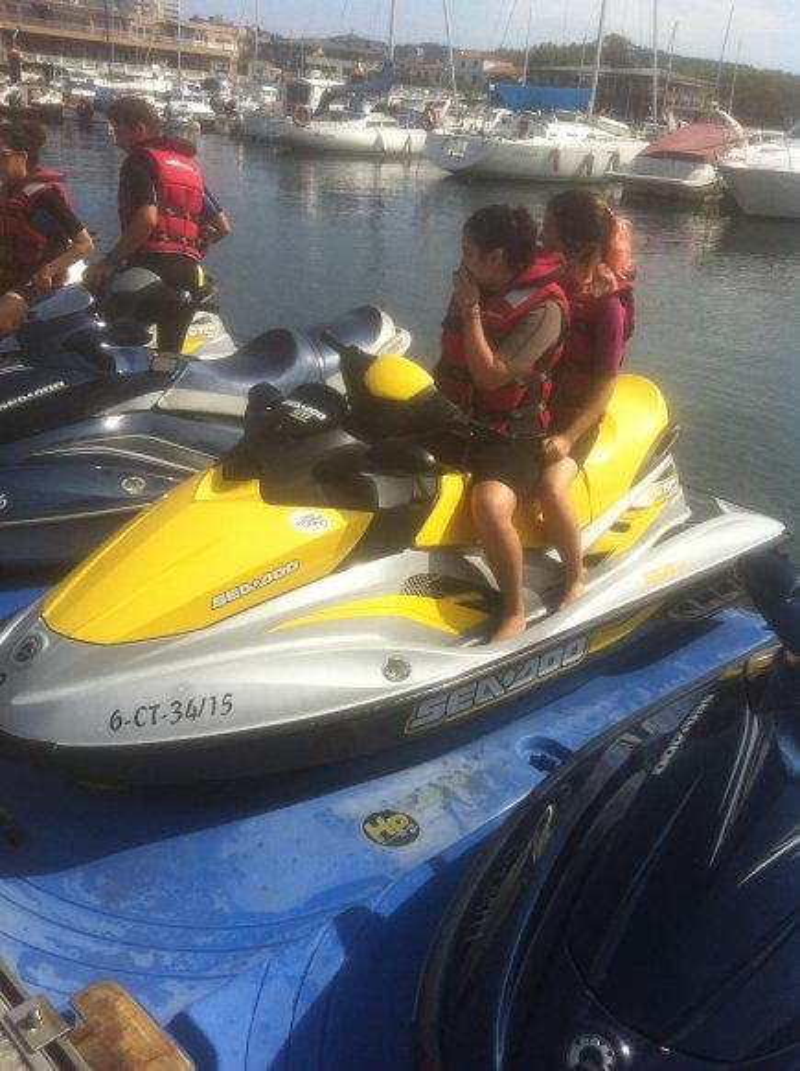 res_o-38536-motos-de-agua_de_juan-alberto-berea-gonzalez_15056826063741.jpg