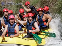 Rafting friends