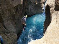 Saltando hacia las aguas de Coanegra