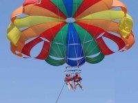 Vuelo de parasailing desde Puerto de Alicante 15 m