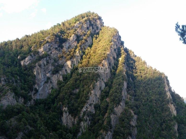 让您在Berguedà畅游峡谷的美景