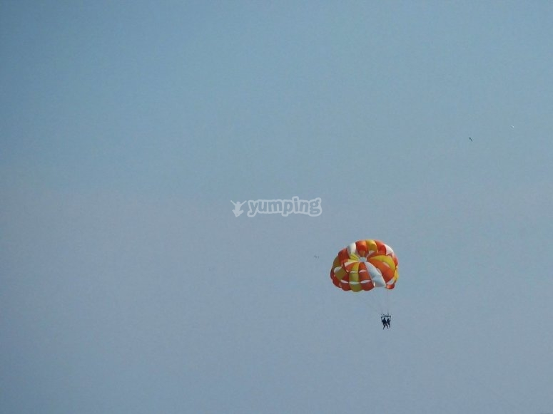 Día de parasailing en Moraira