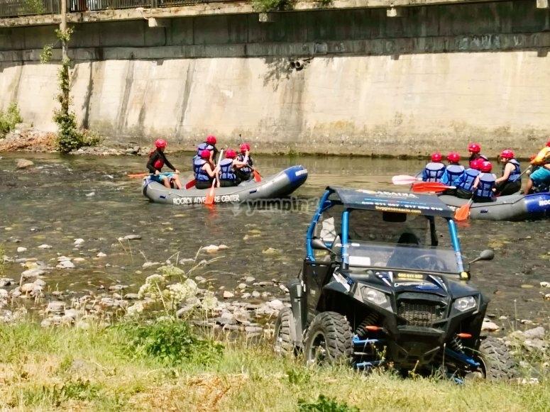 Remando en equipo por el Río Noguera Pallaresa