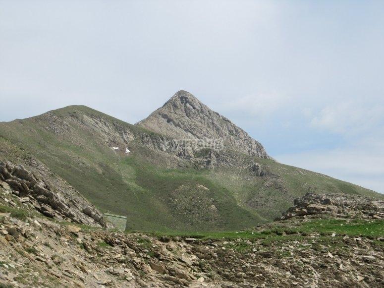 Coronar la cima del Monte de Ori en buggy