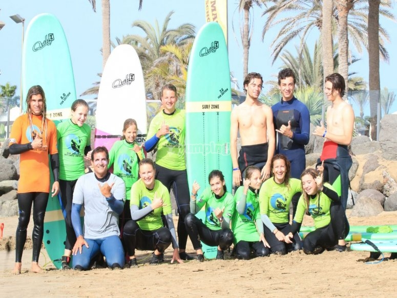 Clase de surf para grupos Maspalomas