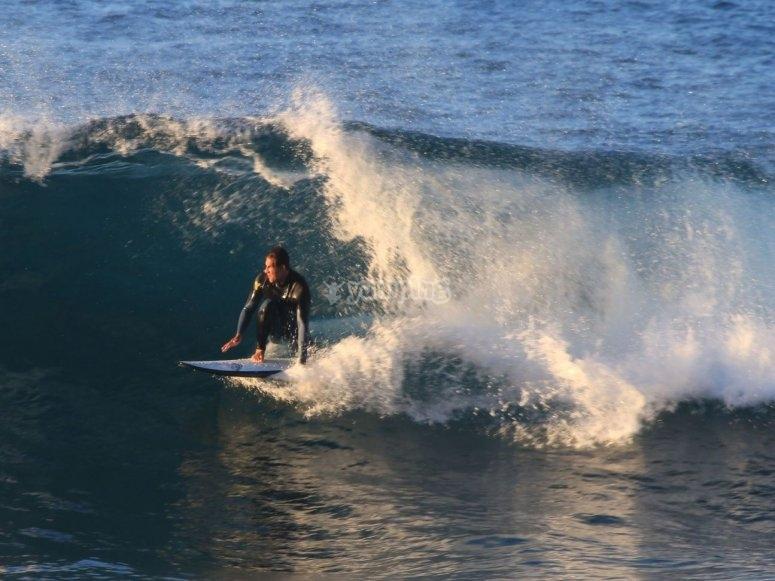 Practicar surf en Maspalomas