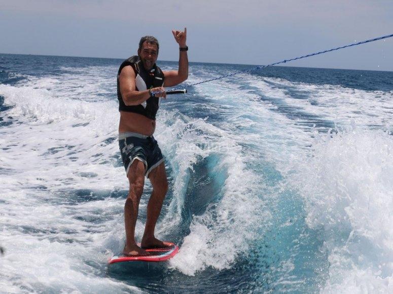 Wakesurf desde barco