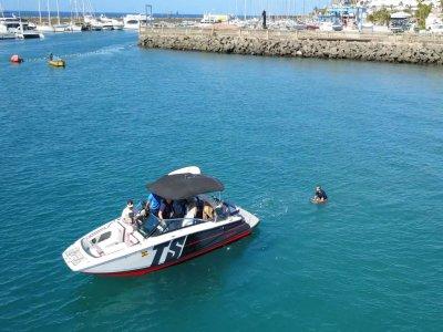 Paseo en barco y wakesurf en Maspalomas 3h