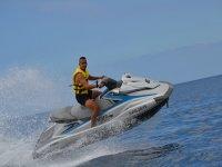 disfruta de las motos de agua