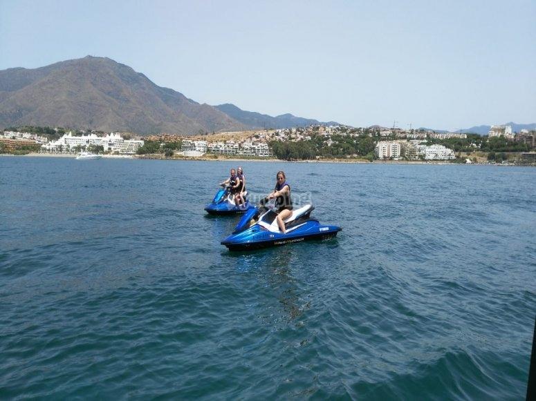 Descubre el Puerto de la Duquesa en jetski