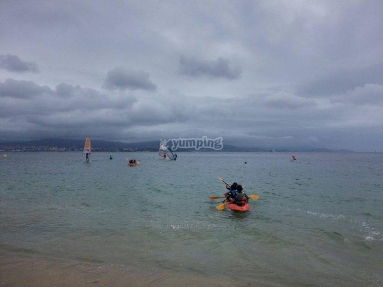 乘坐皮划艇畅游大西洋