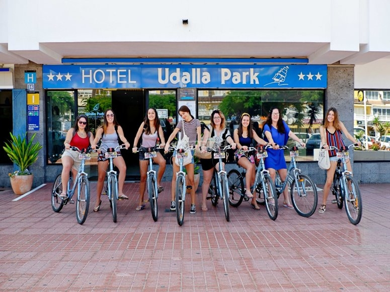 Delivery and collection of bicycles anywhere in Costa Adeje
