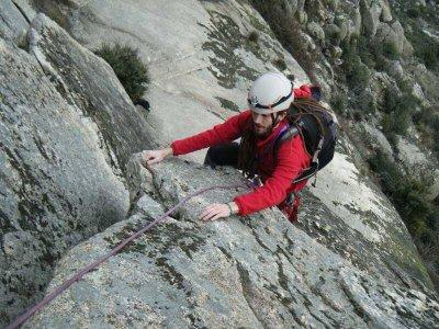 Iniciación escalada clásica en Guadalajara 6 horas