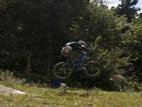 Biker saltando