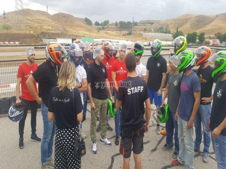 Pilotos preparados para entrenamientos libres en Torrejón