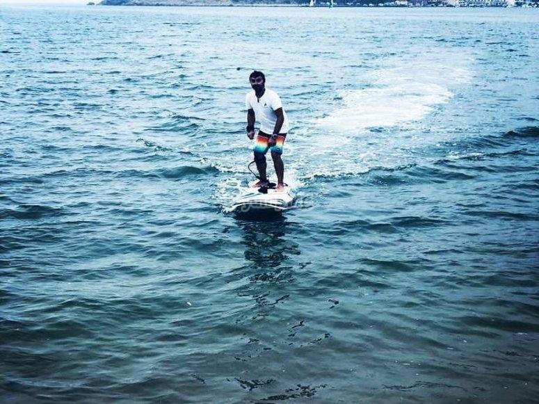 Surfenado en aguas extremeñas