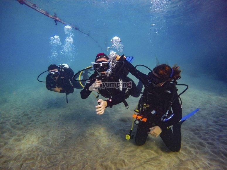 Primera inmersión desde costa