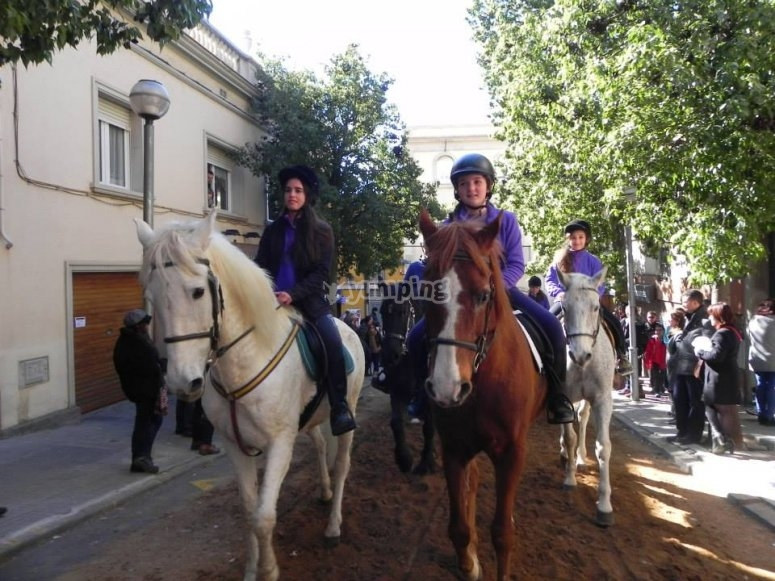 Por San Feliu de Llobregat a caballo