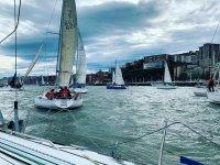 Battesimo in barca a vela in Hondarribia con titolo 4h