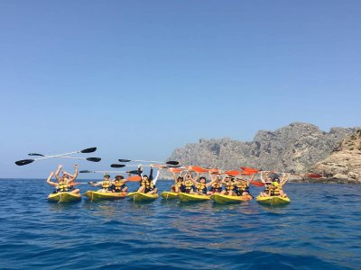 Percorso guidato in kayak a Cala Sant Vicenç 2h 30 min