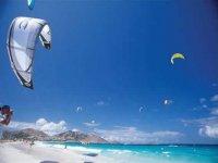 Kite surf en la playa