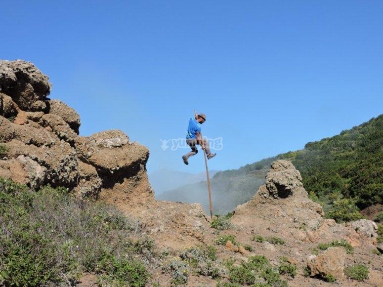 Realizando el salto del pastor en Tenerife