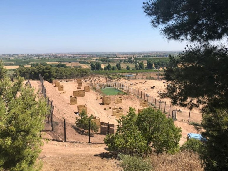Overview of our battlefield for paintball in Juneda