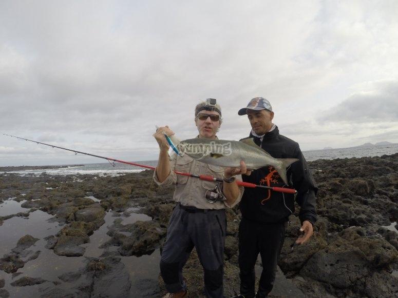 Pesca en diferentes puntos costeros