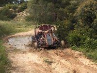 Atravesando el río con el buggy