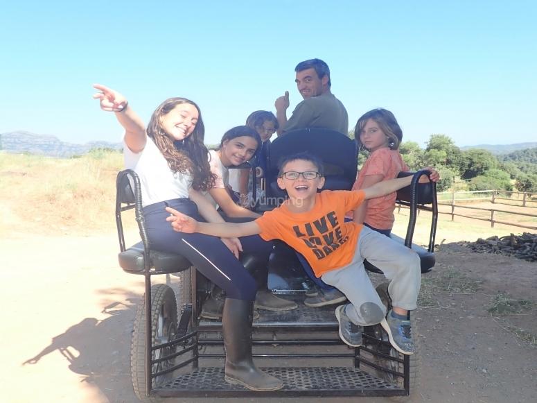 Recorrido en carruaje por sendero de Catafau