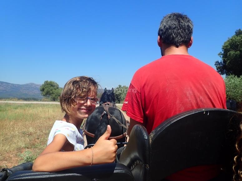 Ruta en carro para niños en Catafau