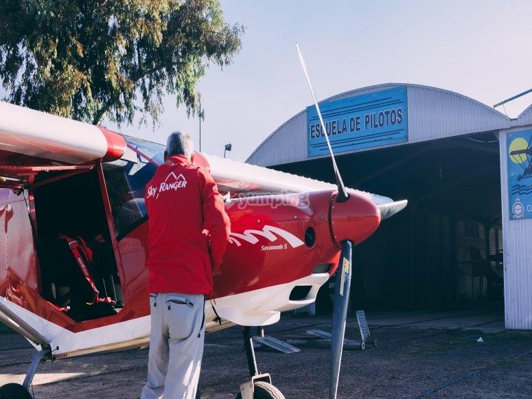 Piloto y su aeronave