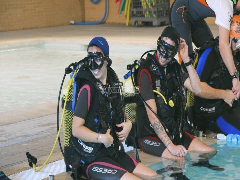 设备完全潜水Valdemoro
