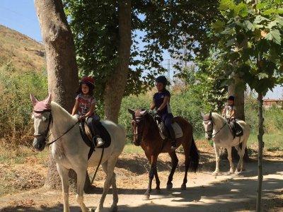 Children birthday horse riding route Aranjuez 2h