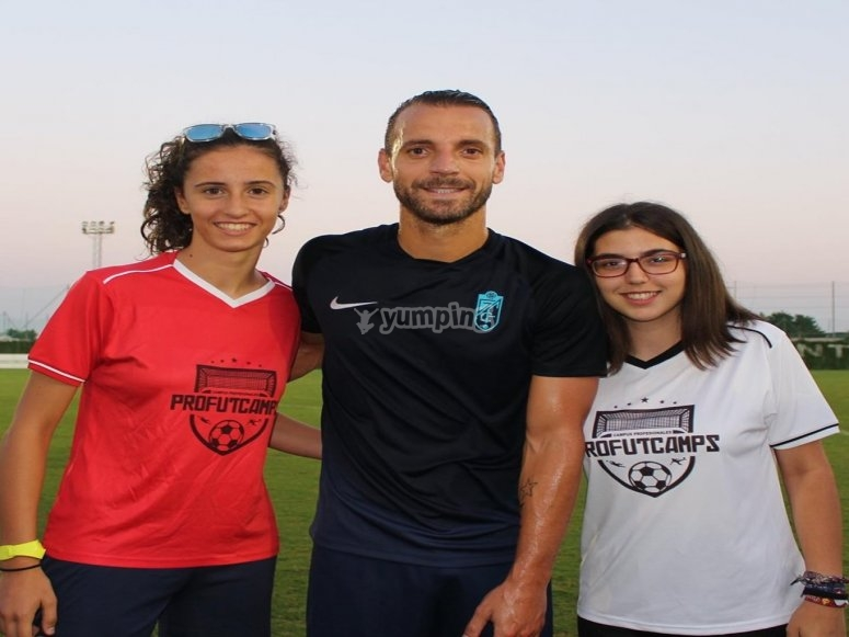 Visita de jugadores profesionales de fútbol